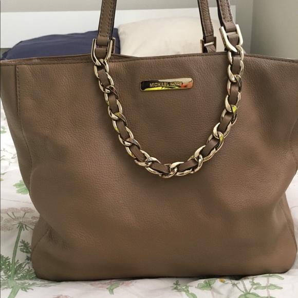 1e2aa42e4b7 Michael Kors Bag - authentic/genuine soft leather